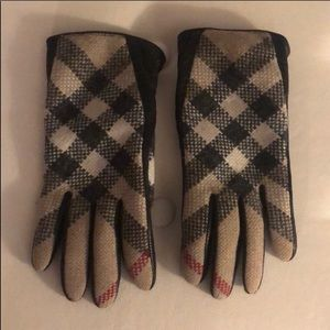 Burberry check gloves